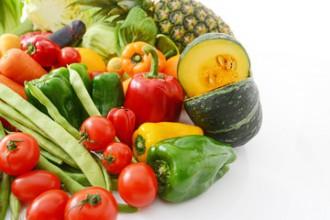 ルテインは、強い抗酸化作用を持つカロテノイドの一種で、ほうれん草やブロッコリーなどの緑黄色野菜に多く含まれる成分です。