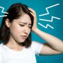 貧血に悩む女性の写真│ミドリムシ(ユーグレナ)は貧血を抑止する効果が期待できる成分を含んでいます