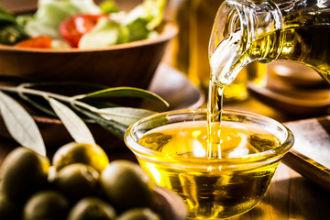 オリーブオイルの画像│オレイン酸を多く含むオリーブオイルでスッキリと便秘解消
