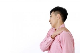 ストレスを抱えた男性の写真│ストレスの正体とは?
