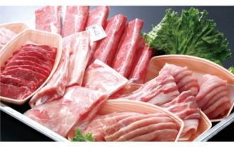 たくさんの肉の画像