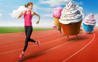 ダイエットなどの食事制限により食物繊維が不足している人に多い「弛緩性便秘」